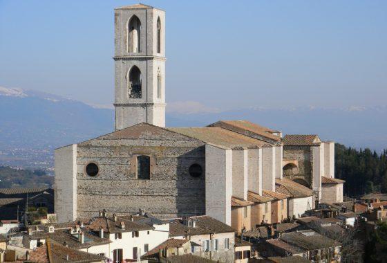 Torri e pozzi della Perugia medievale