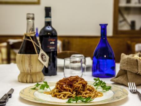 La pasta italiana in Umbria. 10 formati tipici e la ricetta degli strangozzi