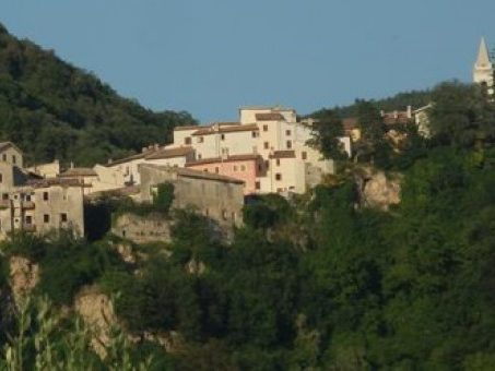 Val Menotre, un'immersione nell'Umbria più verde e antica